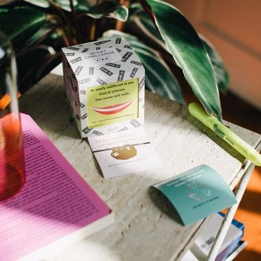 Coffee Helps Enamel Mug