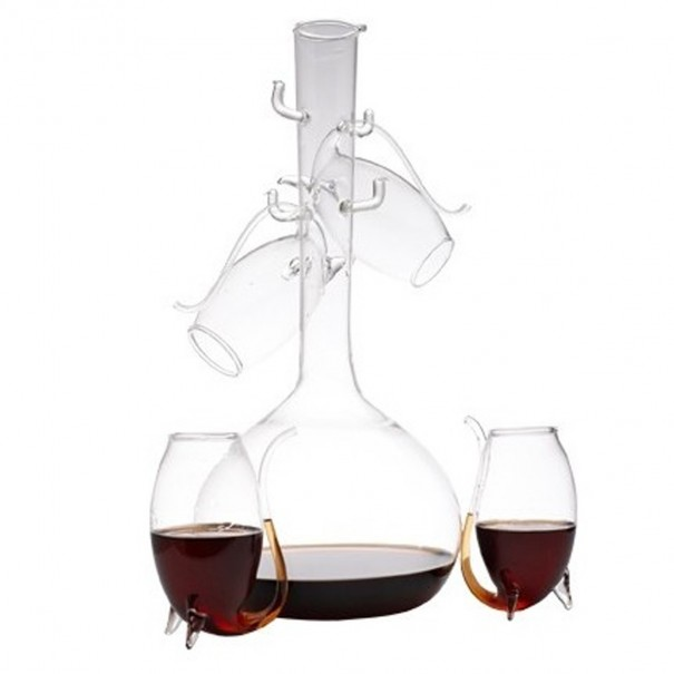 Port Decanter & 4 Piece Sipper Set