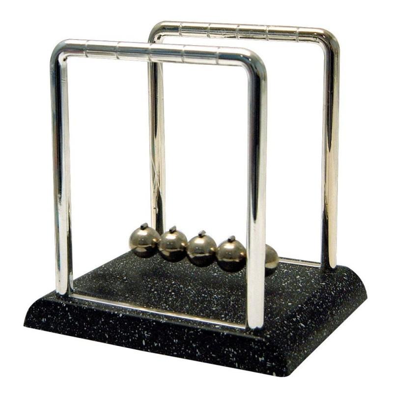 Classic Newton Cradle
