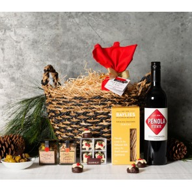 Christmas Spirit Gift Basket